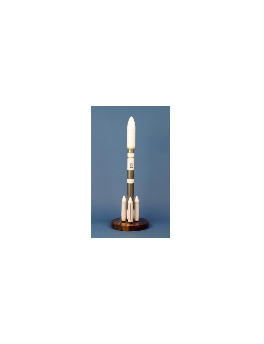 Ariane 64 1/125
