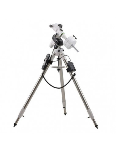 Lunette Sky-Watcher 120ED Black Diamond sur NEQ5 Pro Go-To