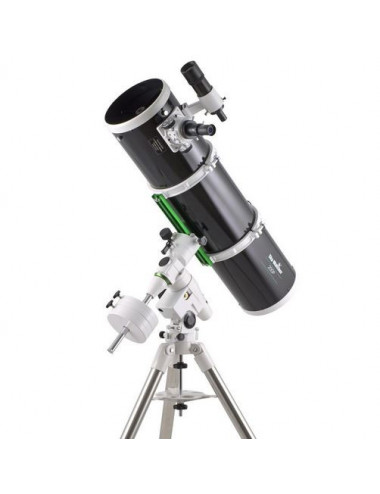 Télescope Sky-Watcher 200/1000 sur NEQ5 Pro Go-To Black Diamond